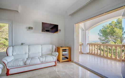 bedroom2-view-900x600_c