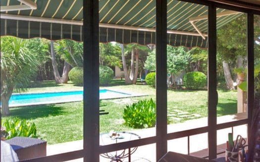 2B Social Room view to the Garden Rearside