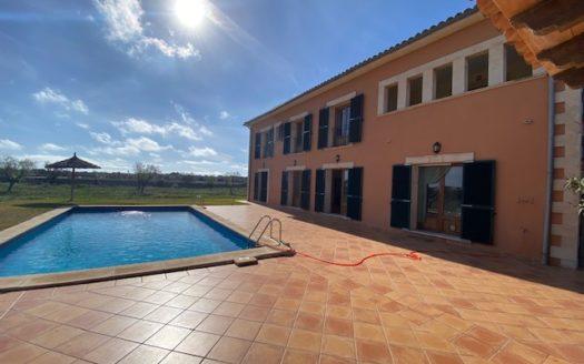 Livingbycarlos-Mallorca-Santanyi-Finca